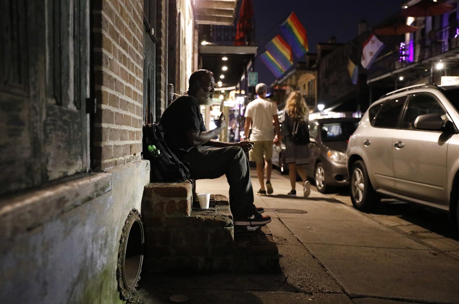 6010-0812_homeless_kg_002
